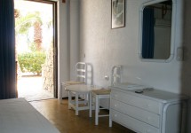 ferma_apartments_double_room_access_to_garden
